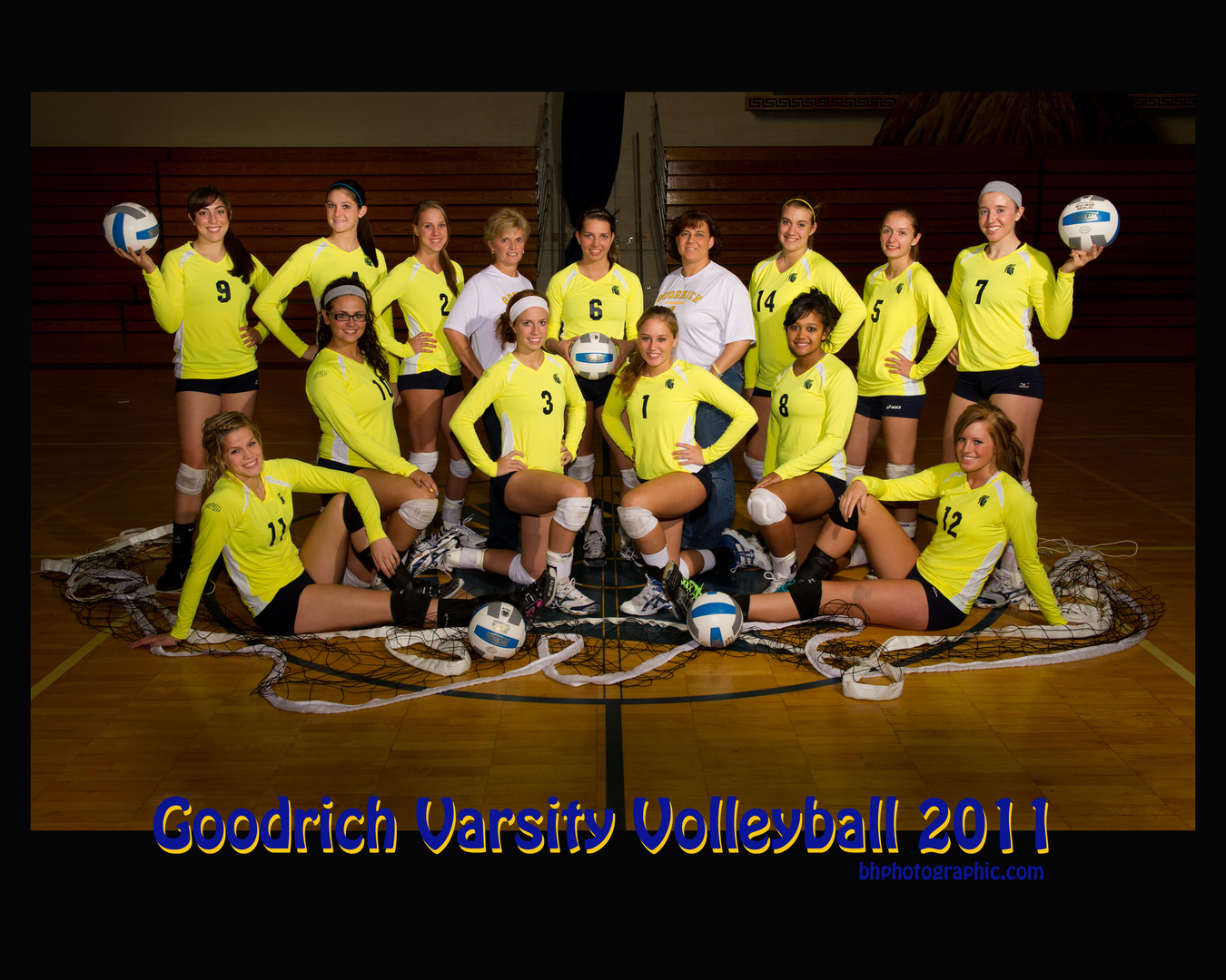 VARSITY VOLLEYBALL 2011.jpg
