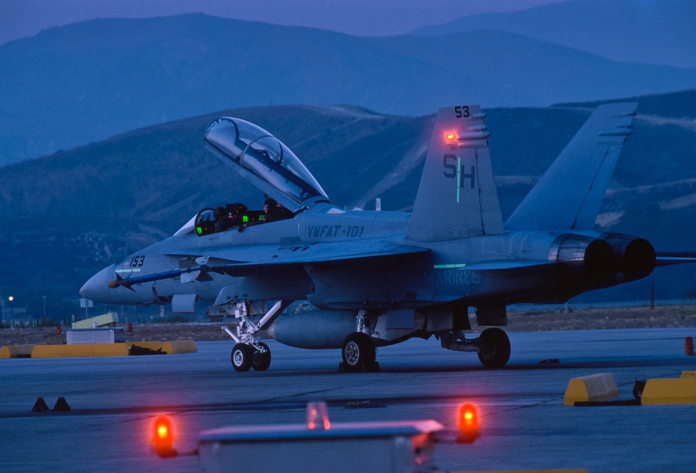 FA-18. California. McDonnell Douglas