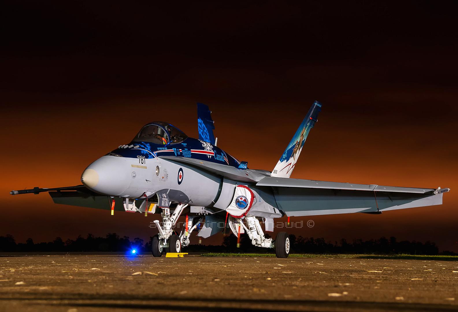 McDonnell Douglas CF-18 Demo Team_RCAF 781