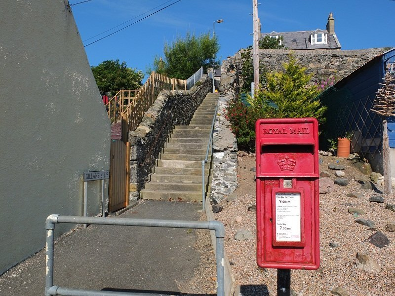 Red Letter Box and Gillans Steps