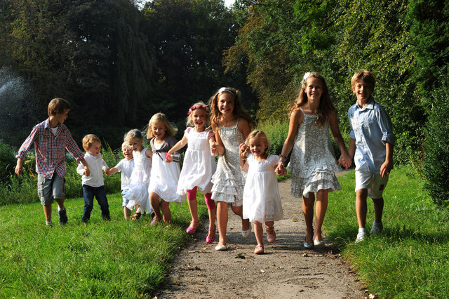 DSC_9878 kids.jpg