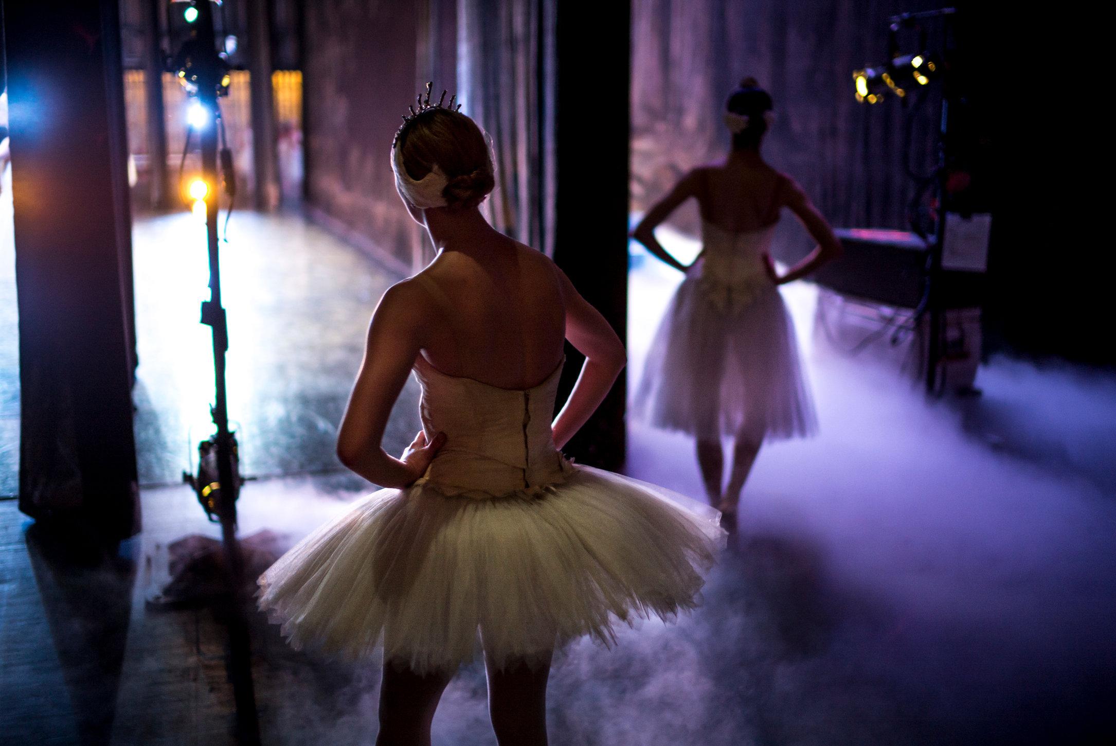 MANNY_DANCE_06.JPG