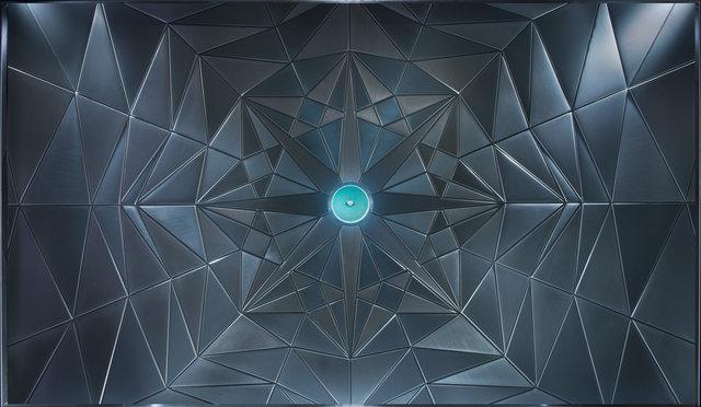 Tiffany_diamonds_window-2.jpg