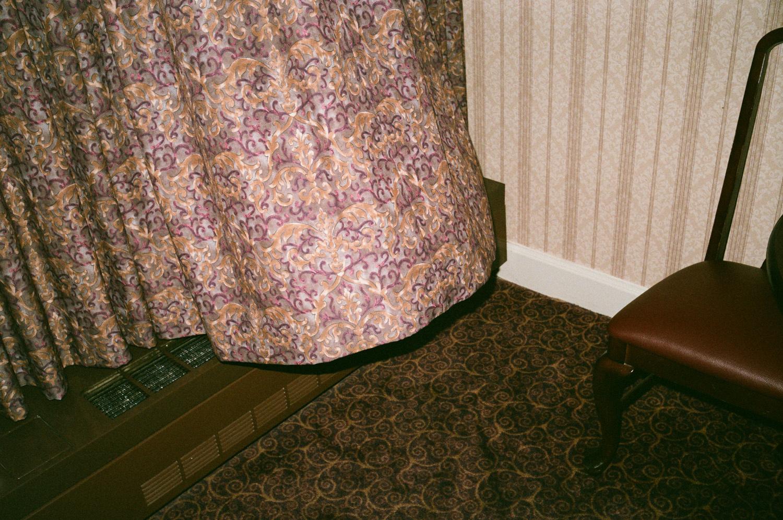 6_la chaise et le rideau, las vegas.jpg