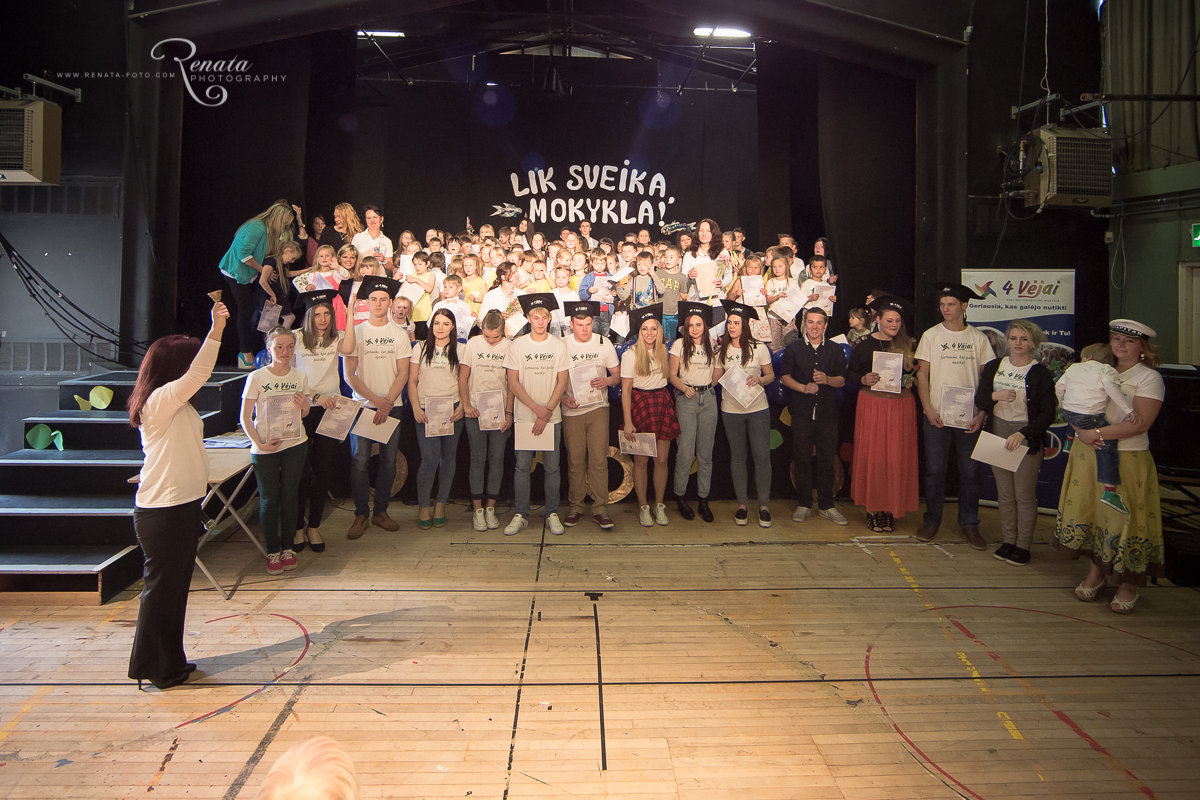 138_4vejai_Lik sveika mokykla2014_web.JPG