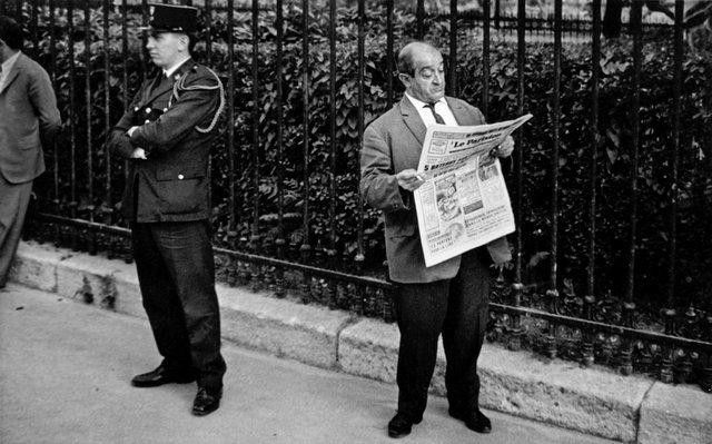 Paris cop001.jpg