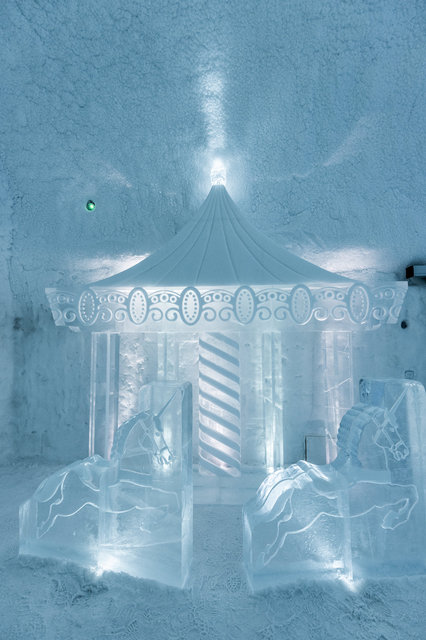 Torneland-Design_Mathieu_Brison-Luc_Voisin-Photo_Asaf_Kliger-Icehotel- (6 of 6).jpg