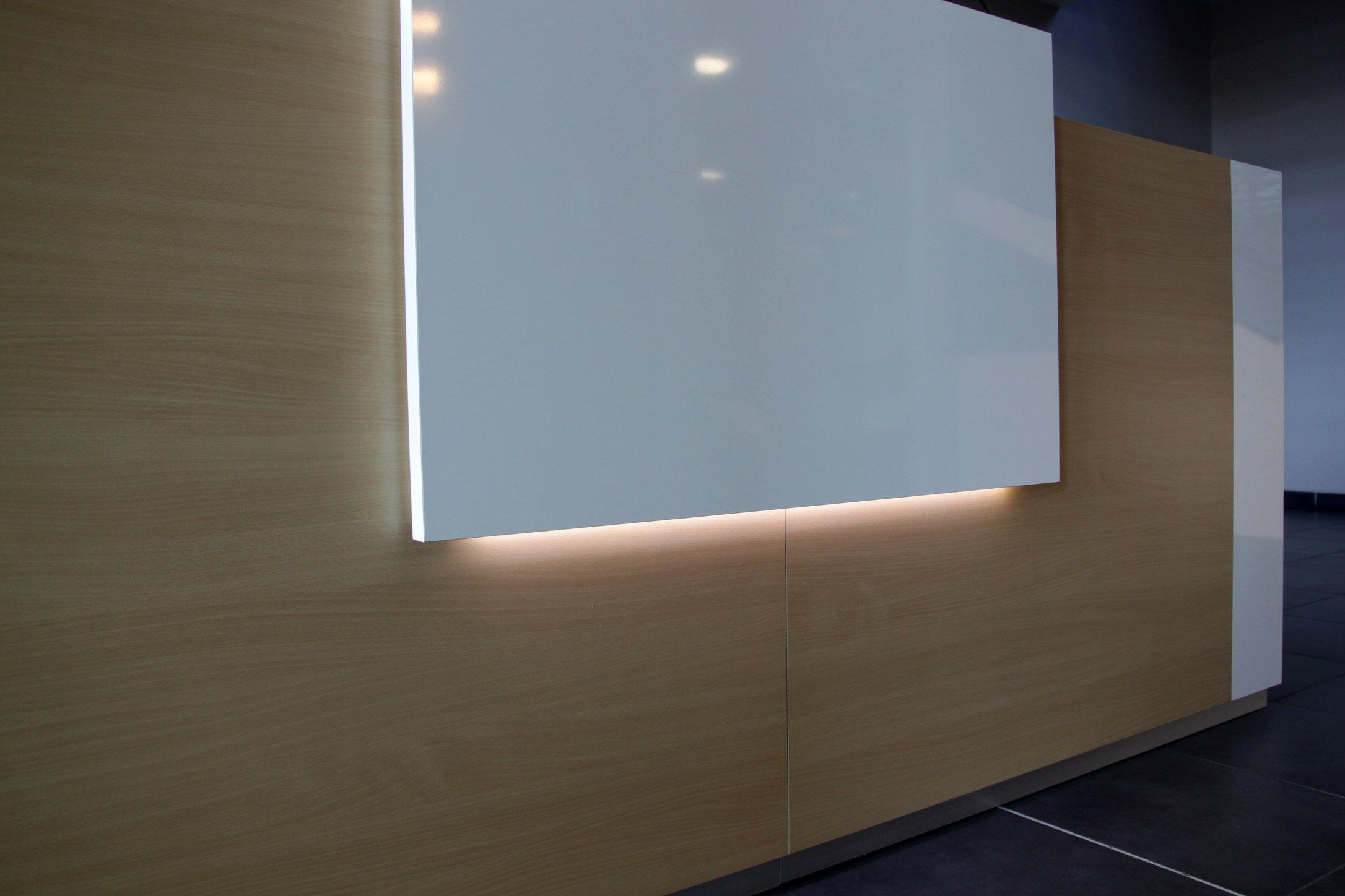 éclairage banque accueil.jpg