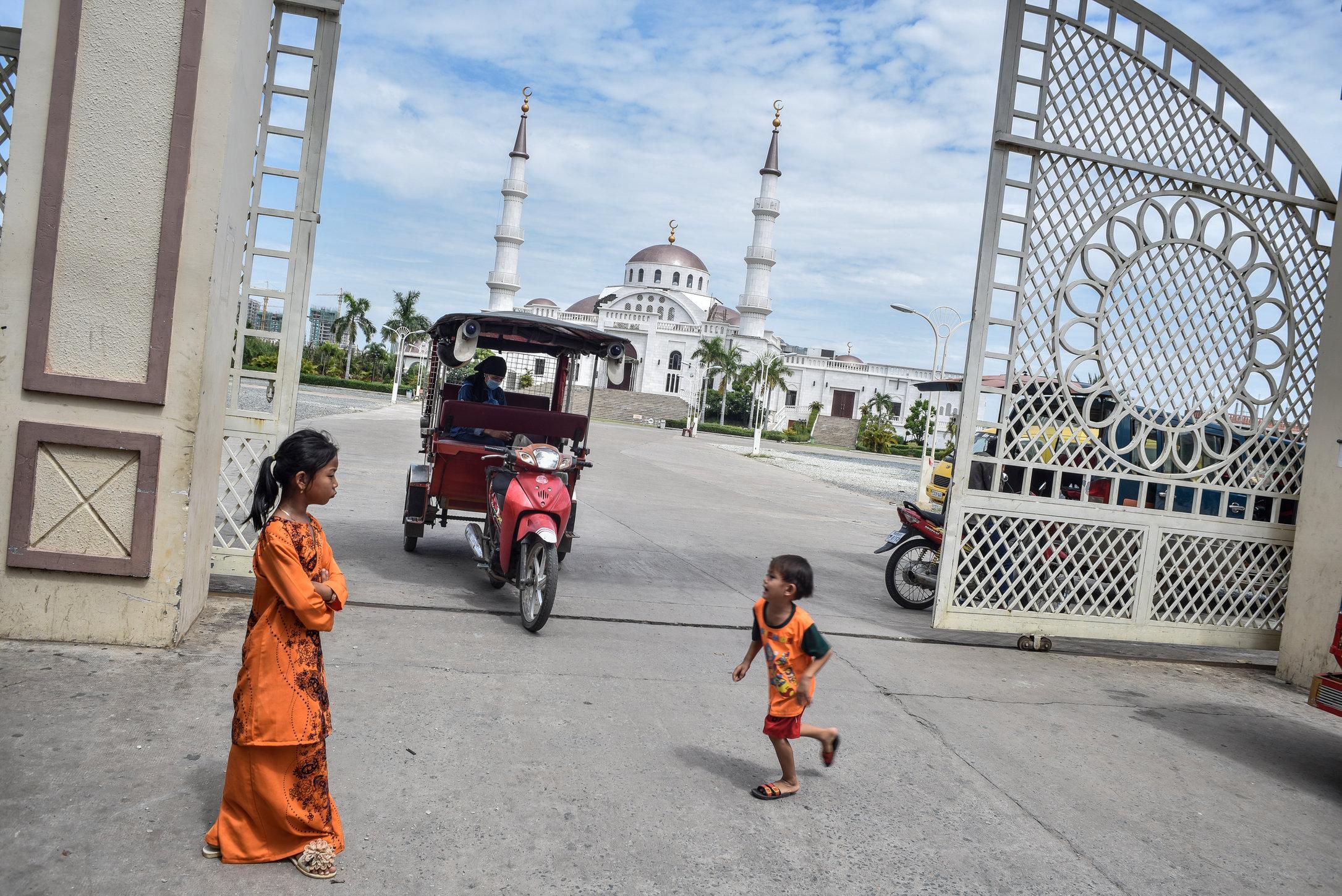 PhnomPehn1879.JPG