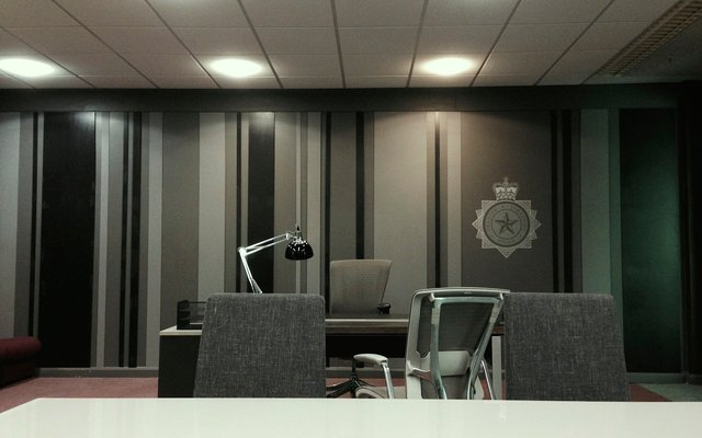 Set build - chief inspector office