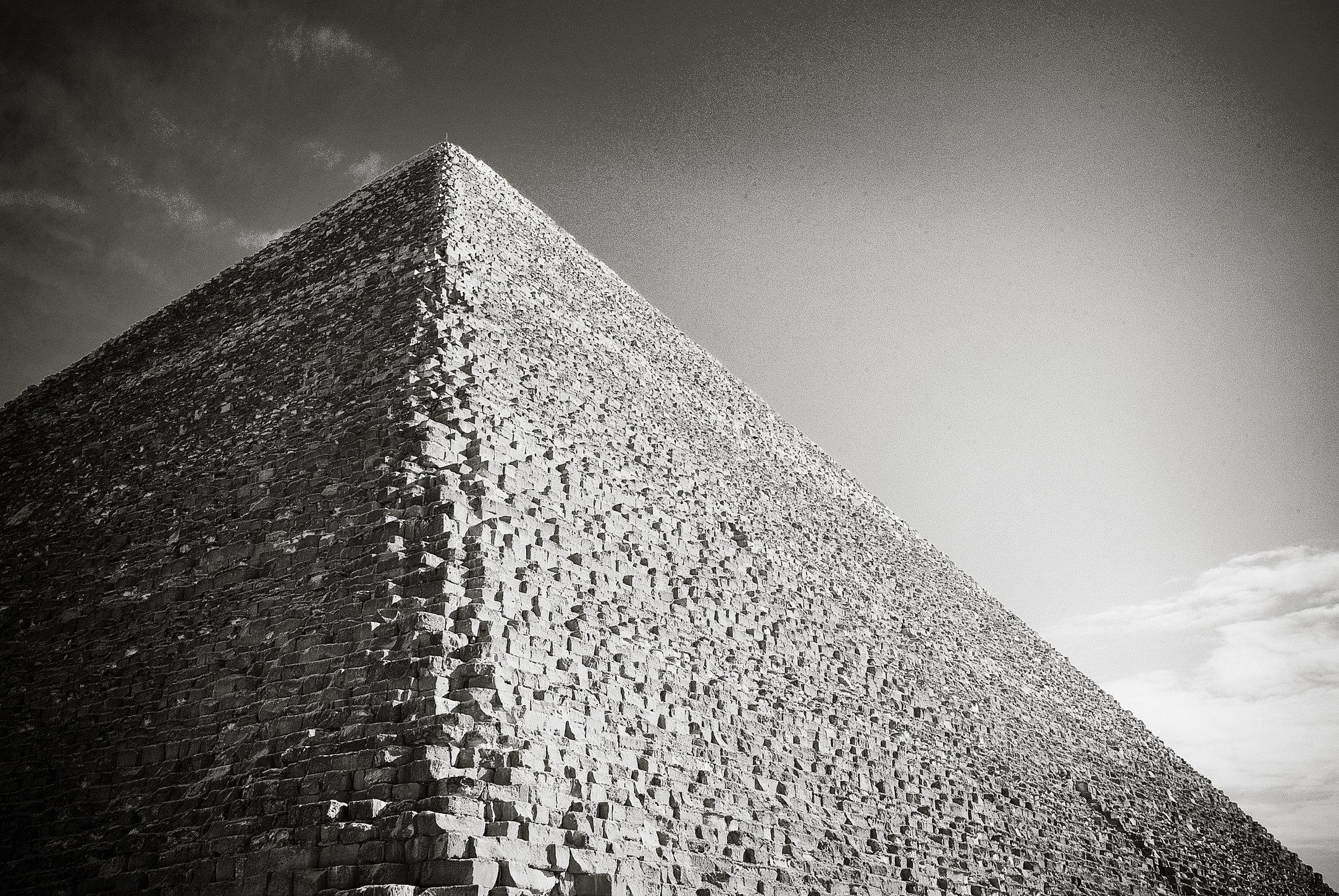 B&W Pyramid I