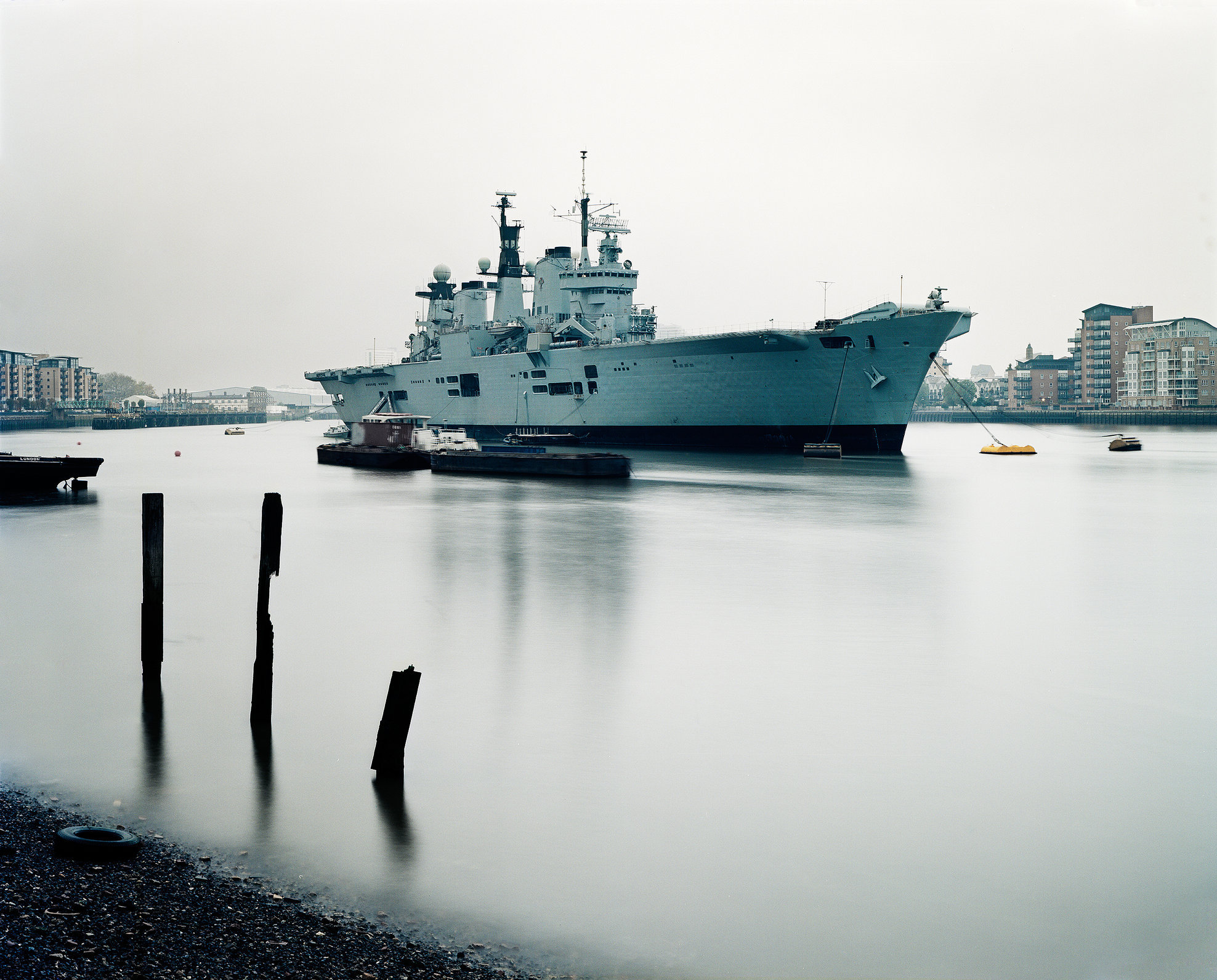 HMS Illustrious (R06), Thames River