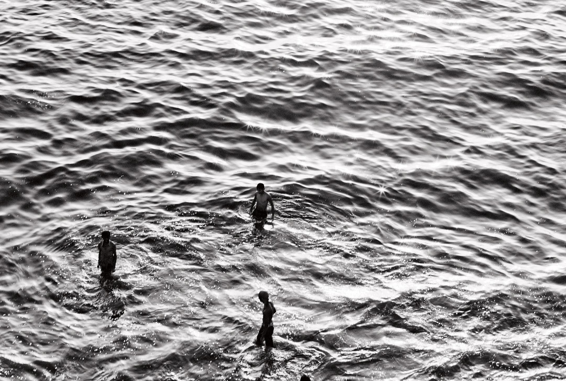 beach water kids 4.jpg
