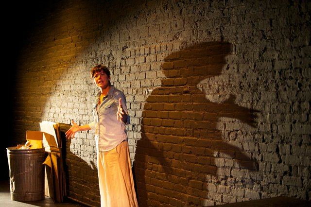The Detective's Wife, Milwaukee Chamber Theatre, photo copyright: mkeCHAMBER