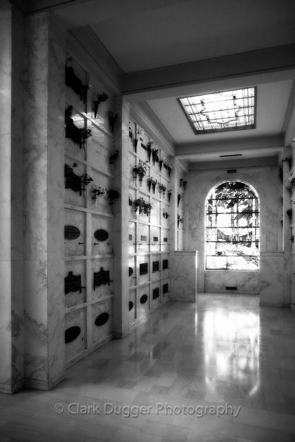 Hollywood_Cemetery-1017-Edit.jpg