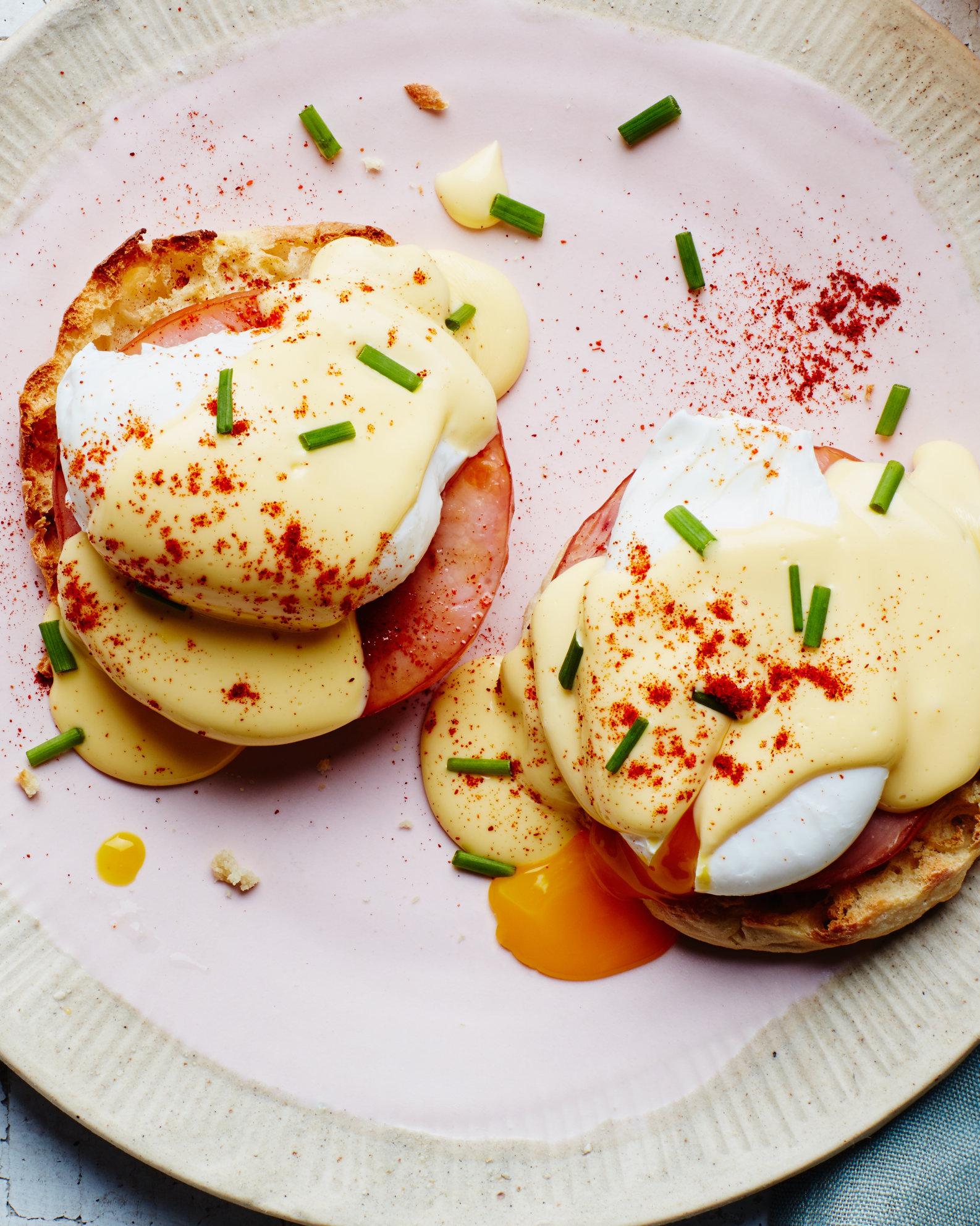 Classic-Eggs-Benedict-26042017.jpg