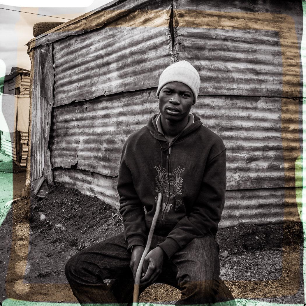 Soweto_boywithstick-1003533.jpg