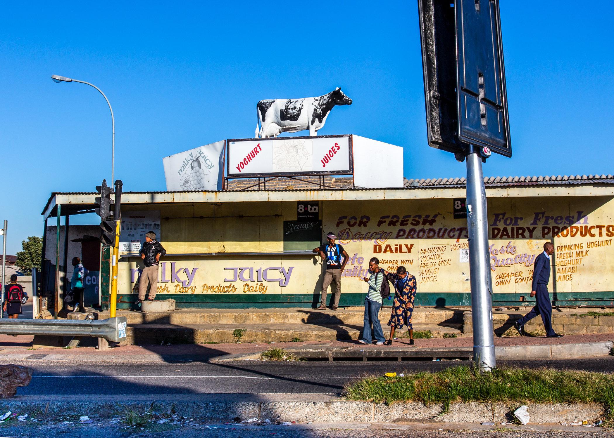 Soweto_Street_Corner-2867.jpg