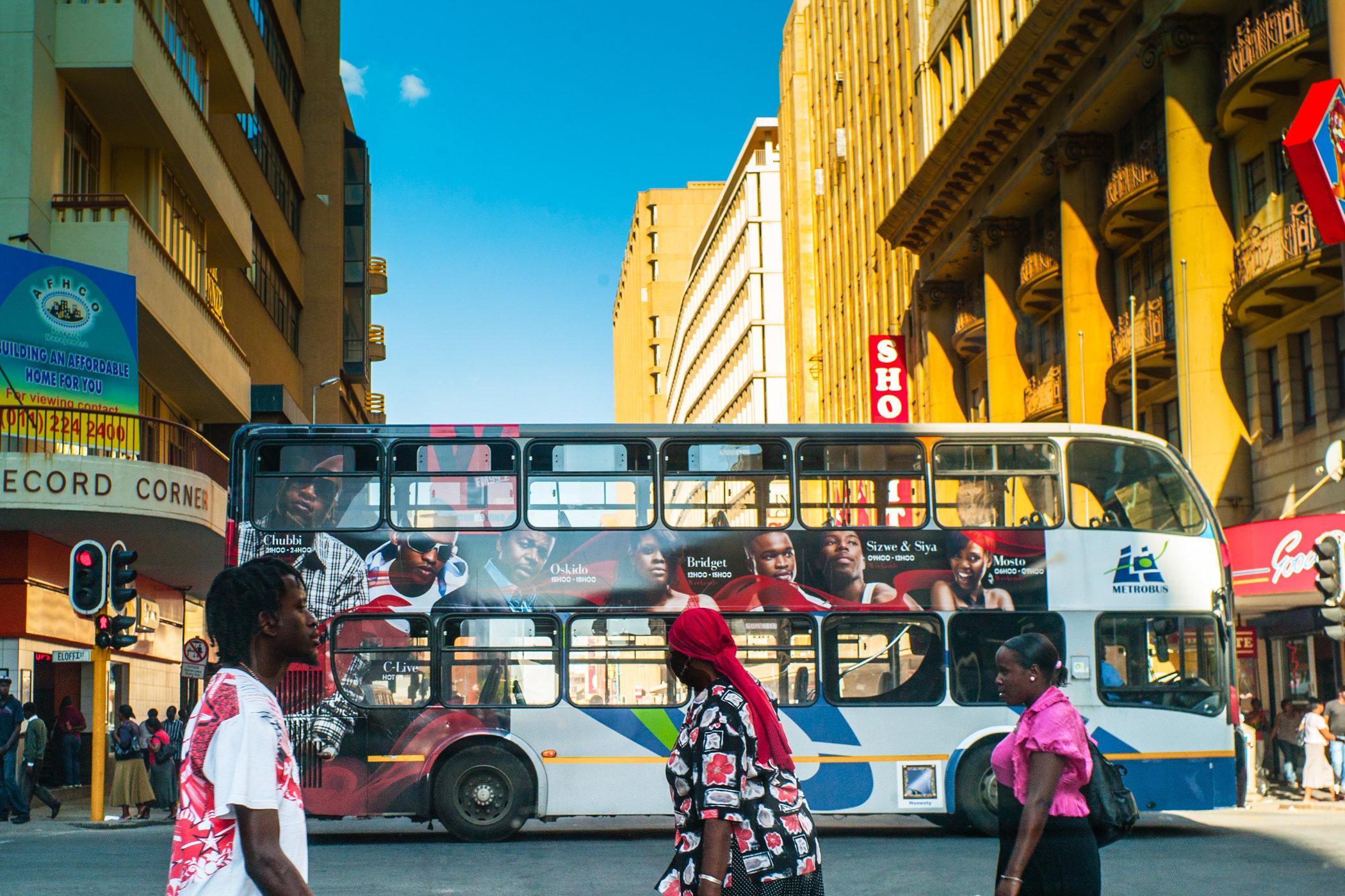 Africa travel-L1004344.jpg