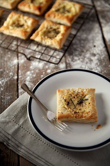 Rosemary Cheese Square Puffs
