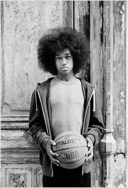 Garçon dans la rue Beaurepaire, Paris, 2015