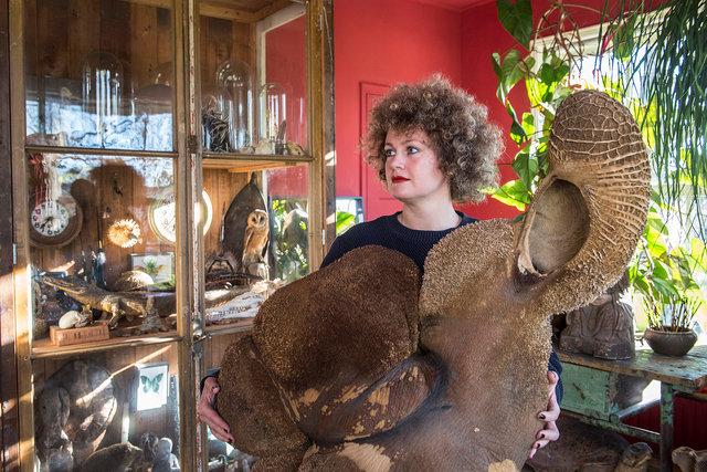Mandy van Elzen, beeldend kunstenaar, 2020