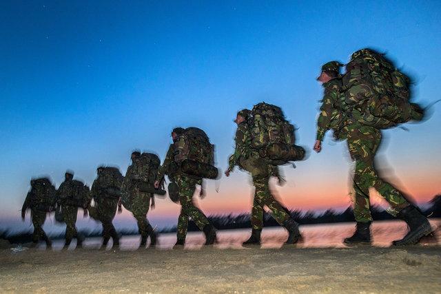 Oefening cadetten van de luchtmacht in de Biesbosch, 2018