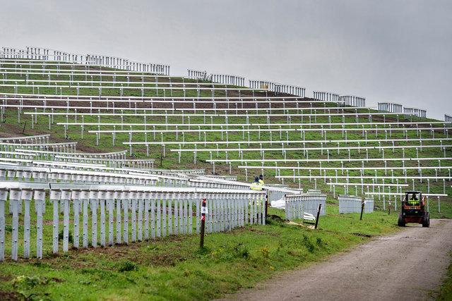 Aanleg zonnepark Bavelse Berg, 2020