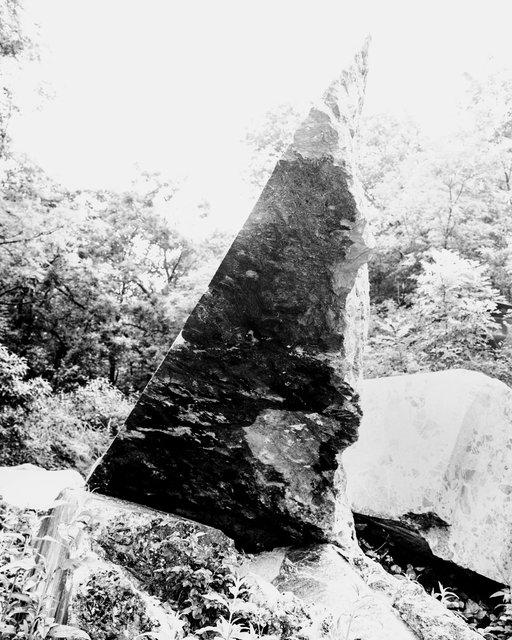 Triangle Rock, 2019,  Archival Pigment Print, 98 x 78,4 cm, Ed. 5 + 2AP