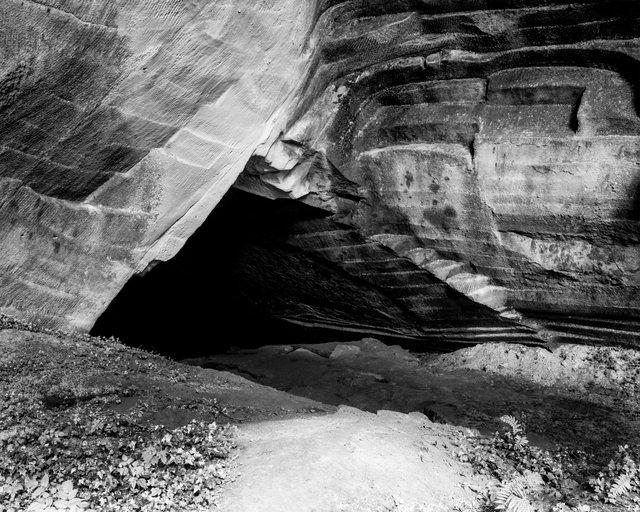 Cave Entry 02, 2018, Archival Pigment Print, 45 x 36 cm, Ed. 3