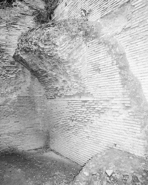 Brick Formation 01, 2018, Archival Pigment Print, 135 x 107,8 cm, Ed. 2