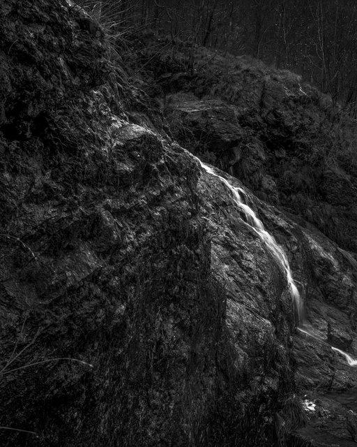 Waterfall 01, 2018, Archival Pigment Print, 32 x 25,6 cm, Ed. 3 + 2AP