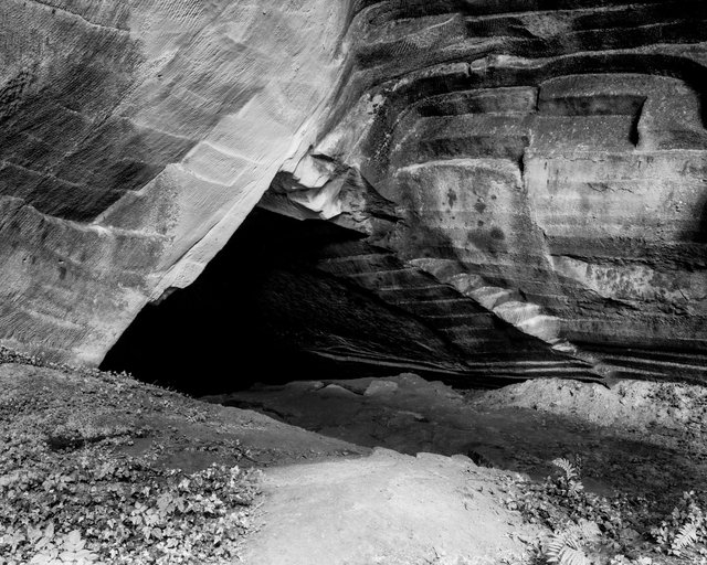 Cave Entry 02, 2018,  Archival Pigment Print, 98 x 78,4 cm, Ed. 5 + 2AP / Also Available 135 x 107,8 cm, Ed. 3 + 2AP