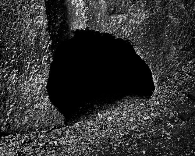 Cave Entry 03, 2019, Archival Pigment Print, 98 x 78,4 cm,  Ed. 3