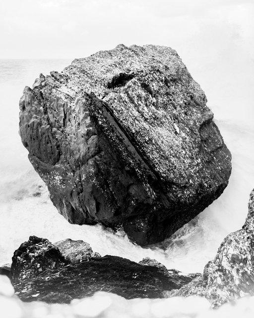 Black Rock, 2019,  Archival Pigment Print, 98 x 78,4 cm, Ed. 5 + 2AP
