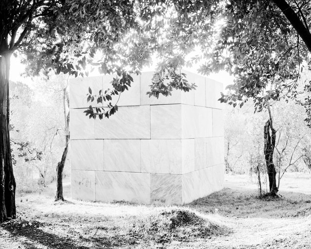 Marble Square, 2018,  Archival Pigment Print, 98 x 78,4 cm,  Ed. 5 + 2AP / Also Available 135 x 107,8 cm, Ed. 3 + 2AP