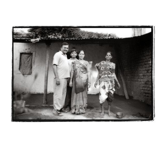 baruch-india-family-100.jpg