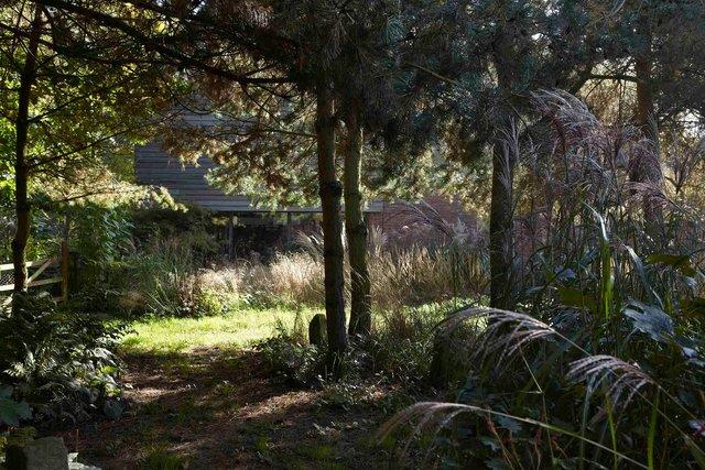 Jardin Lansau 68-96-2244P.jpg