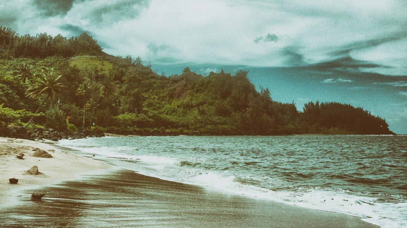 M R_Hawaii_05.jpg