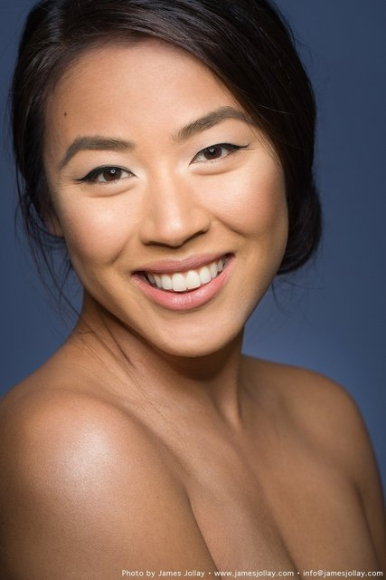 Grace Li Headshot 1.jpg