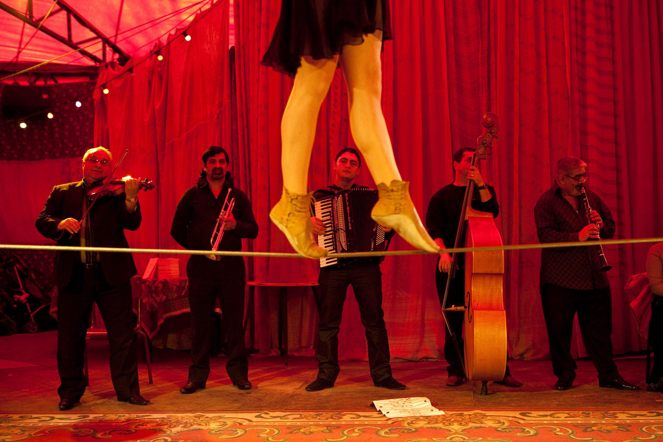 Romanes Cirque Tzigane, Paris