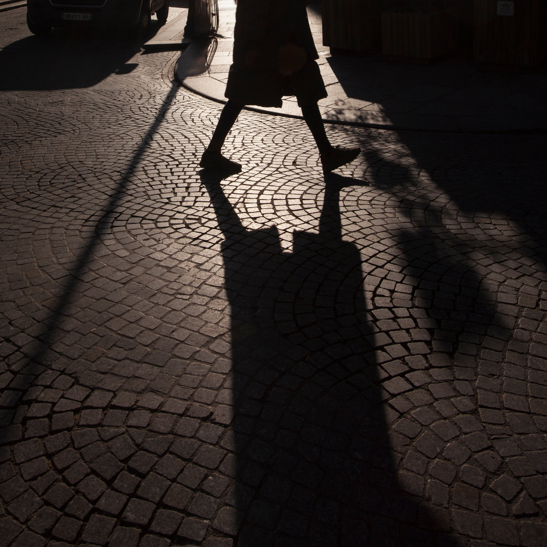 paris_street_shadow©oliviarutherford-2727.jpg