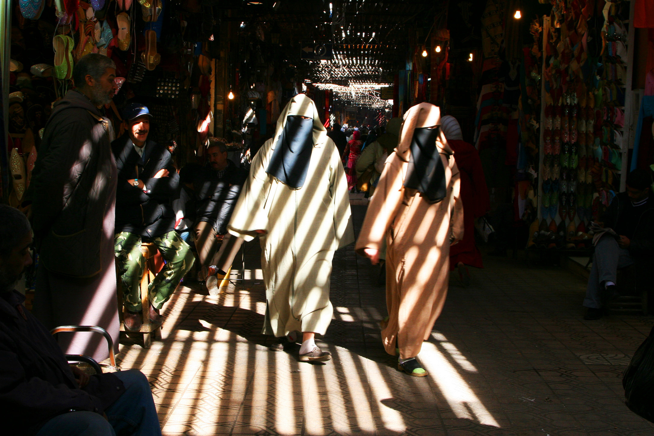 souk_morocco©oliviarutherford-.jpg