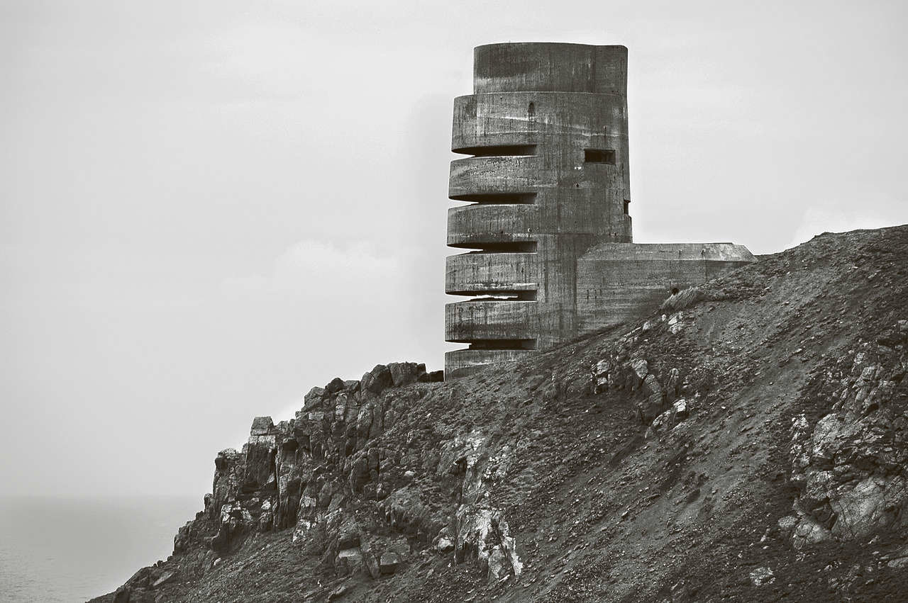 Jersey, From the series 'Atlantic Wall' © Stefan Vanfleteren