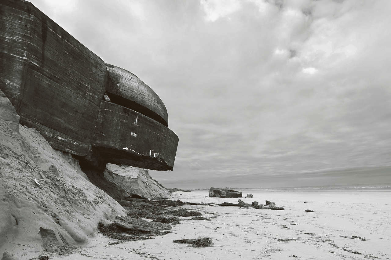 Zuydcoote, From the series 'Atlantic Wall' © Stefan Vanfleteren