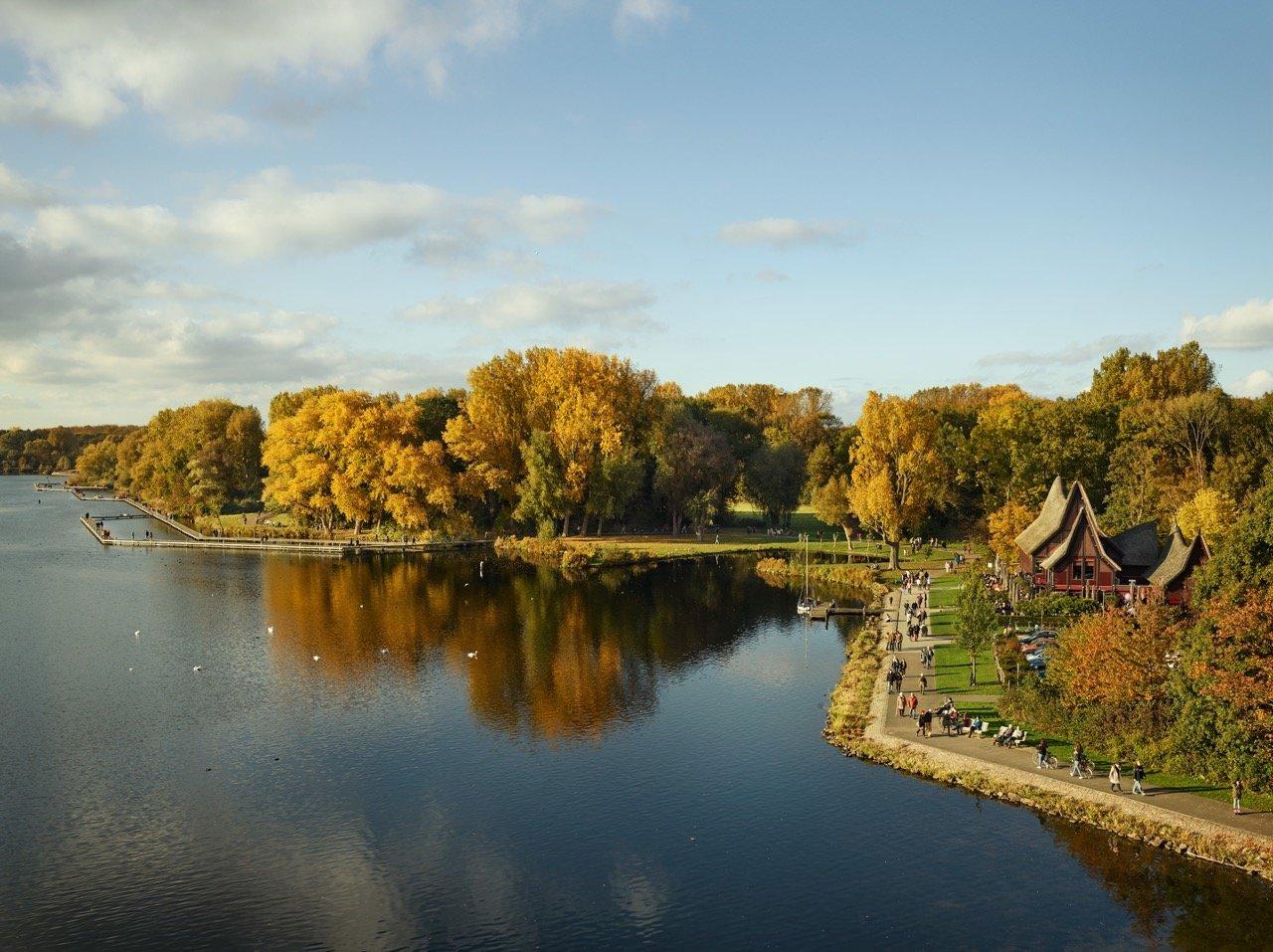 Kralingse Plas from the series Park © Jeroen Hofman