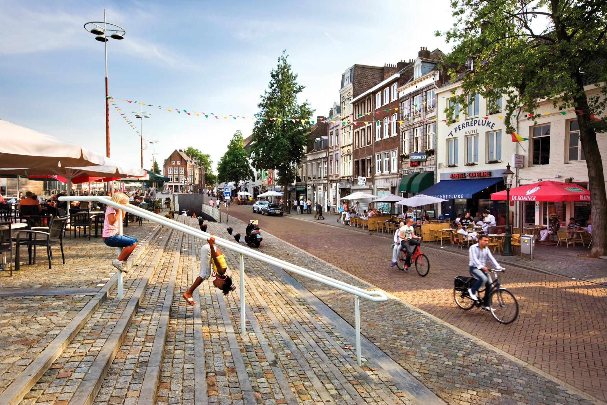 Maastricht for book: 25 years stichting Forum voor Stedelijke Vernieuwing