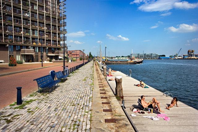 Amsterdam for book: 25 years stichting Forum voor Stedelijke Vernieuwing