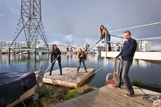 Family Happé for book: Drijvend Wonen op IJburg