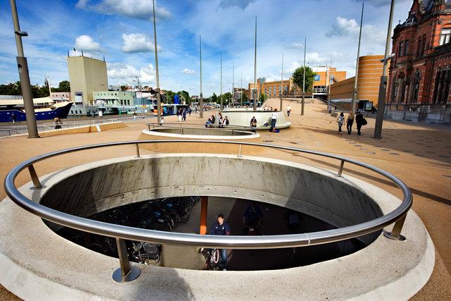Groningen for book: 25 years stichting Forum voor Stedelijke Vernieuwing